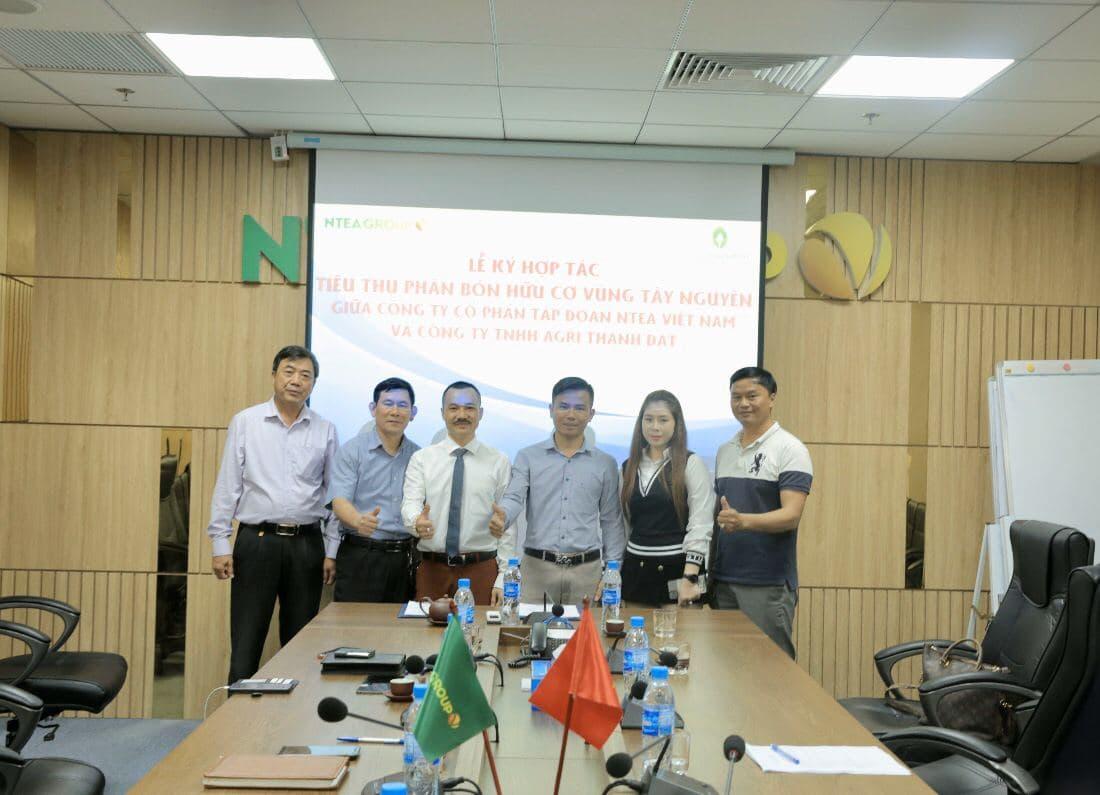 Lễ ký kết hợp tác phân bón hữu cơ vùng Tây Nguyên giữa Công ty CP Tập đoàn ntea việt nam và công ty TNHH agri thành đạt