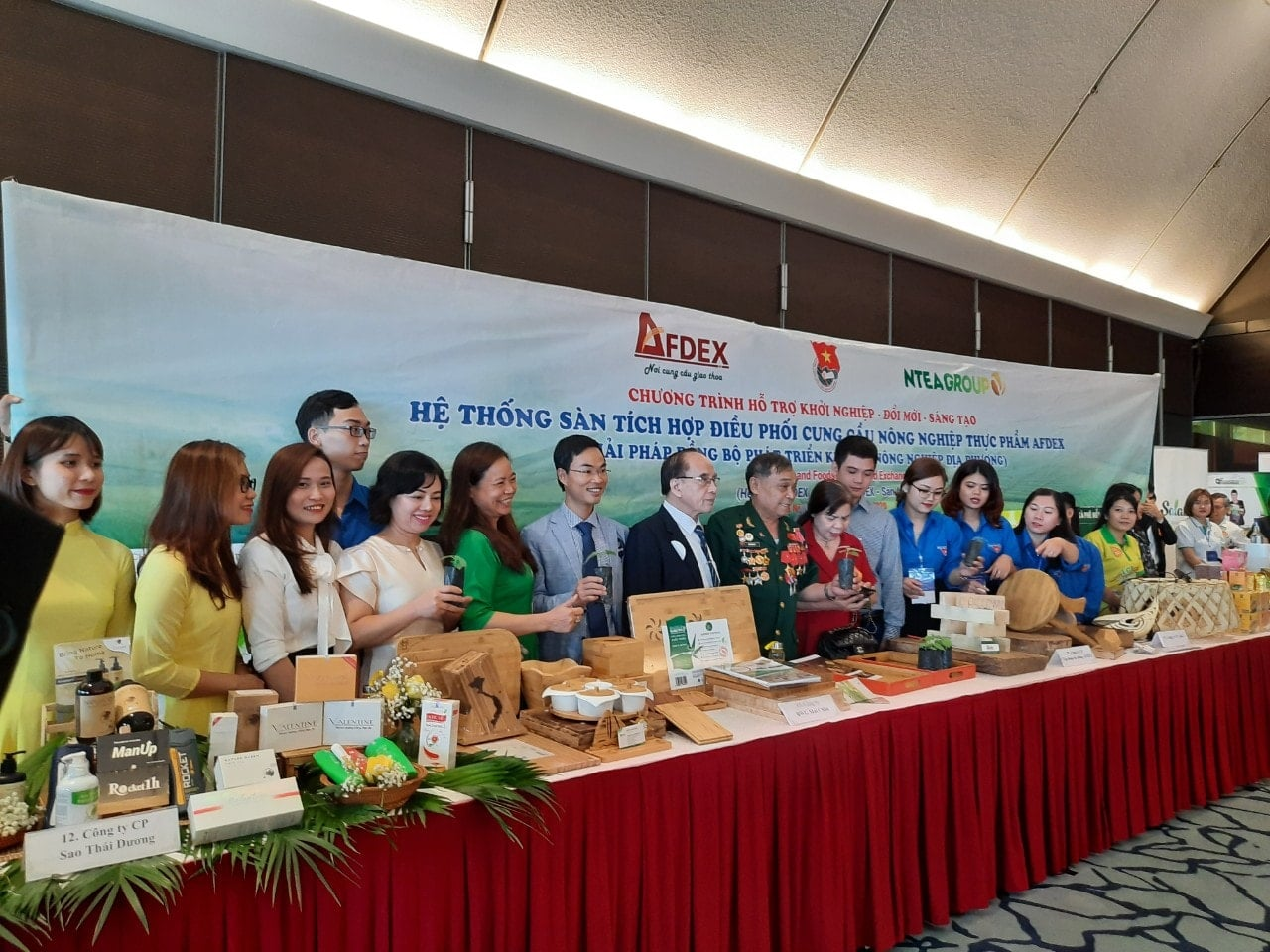 Ntea Việt Nam giới thiệu sản phẩm  tại Vietnam venture summit