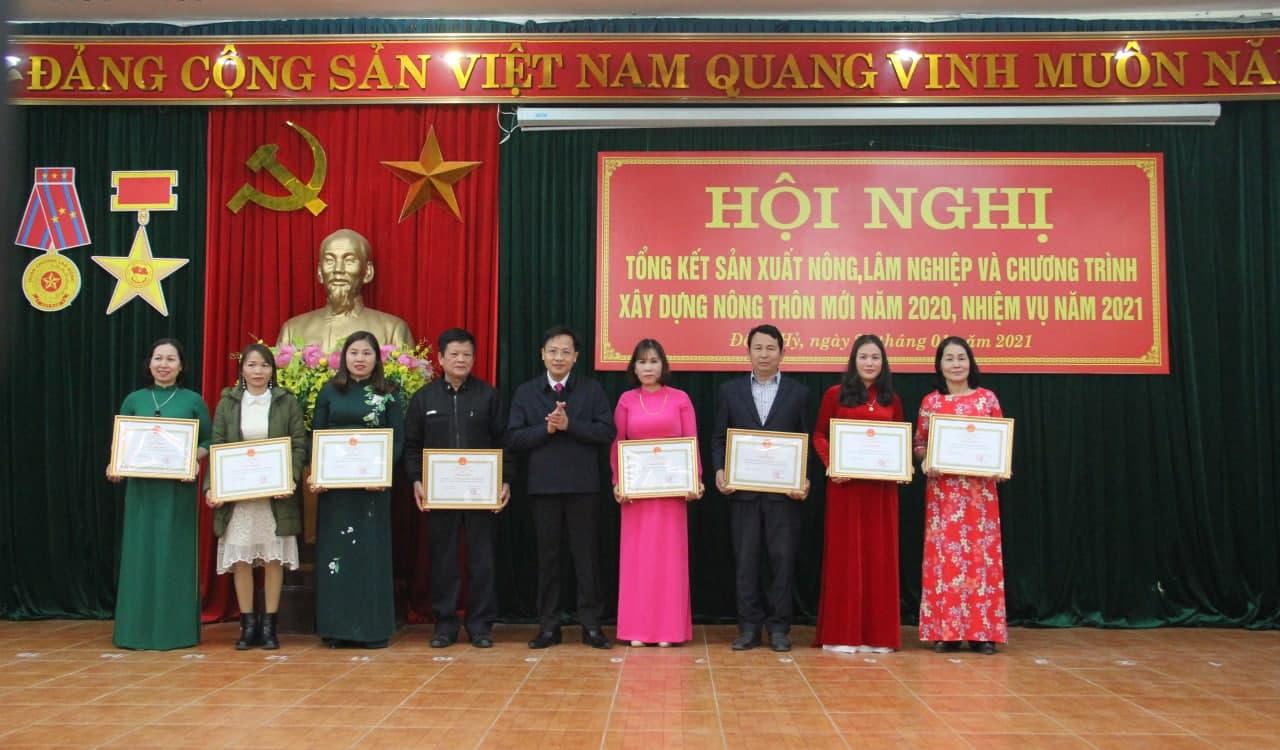 Ntea Thái Nguyên đón nhận giấy khen của ủy ban nhân dân huyện Đồng Hỷ