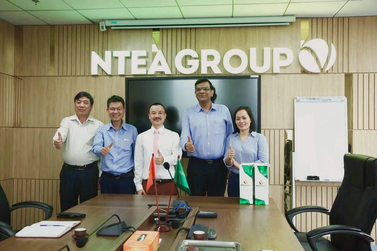 Ntea làm việc với Công ty chè Phú Bền